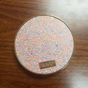 NWT tarte Eyeshadow Palette in Sizzle